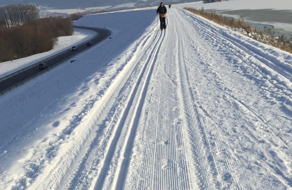 FOTO: Na Vodnom diele Žilina bola vytvorená trať pre bežkárov vedúca až do obce Varín, foto 2