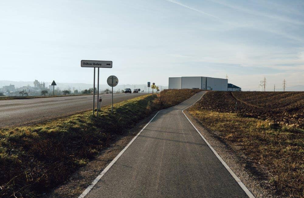 FOTO: Práce na výstavbe novej cyklotrasy pokračujú aj cez zimu, aktuálne budujú most v obci Belá, foto 4
