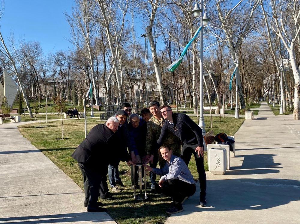 FOTO: Vysadenie Stromu pokoja v Uzbekistane, foto 20
