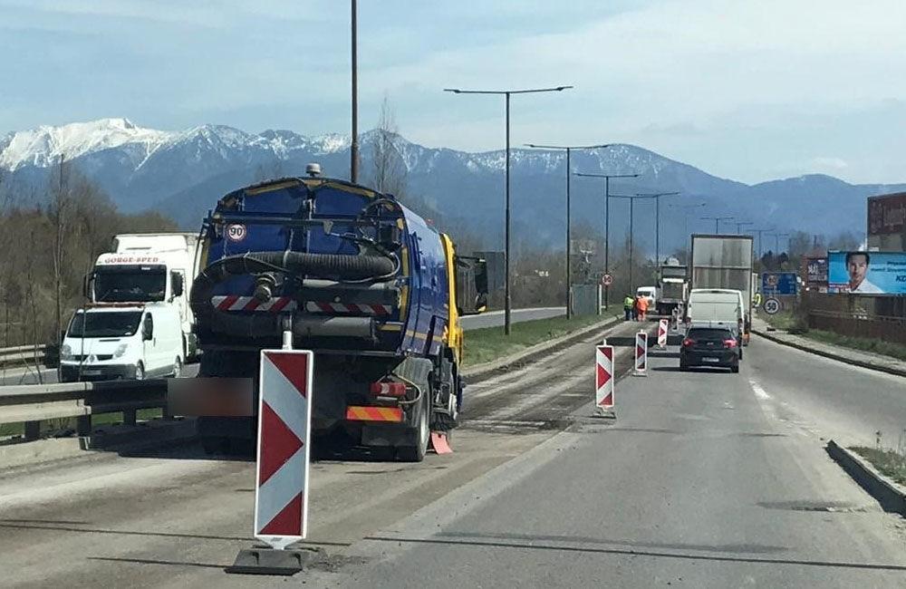 FOTO: Na Ľavobrežnej ulici začali celoplošné opravy, prebieha aj obnova značenia a výmena zvodidiel, foto 6