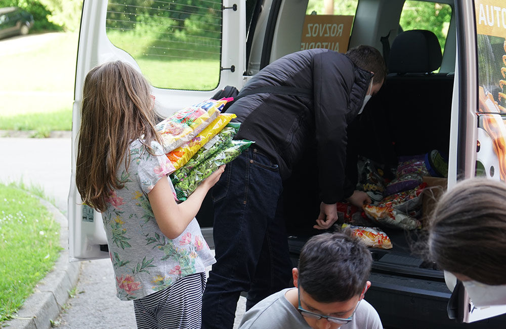 FOTO: Dar žilinskej firmy PDM Autosúčiastky pre deti v Centre pre deti a rodiny v Bytči, foto 3