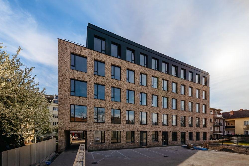 FOTO: Nová kancelárska budova Hollého 6 v centre Žiliny, foto 5