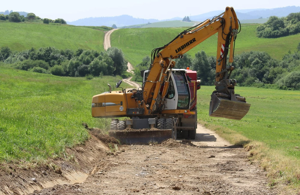 FOTO: Na Orave začala výstavba 5,5 kilometrového úseku rýchlostnej cesty, nový obchvat odľahčí Tvrdošín, foto 5