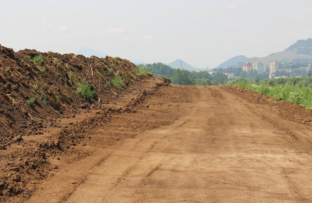 FOTO: Na Orave začala výstavba 5,5 kilometrového úseku rýchlostnej cesty, nový obchvat odľahčí Tvrdošín, foto 3