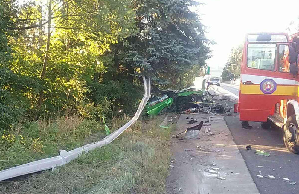 FOTO: Dopravná nehoda pri meste Dolný Kubín 10. septembra 2021, foto 2