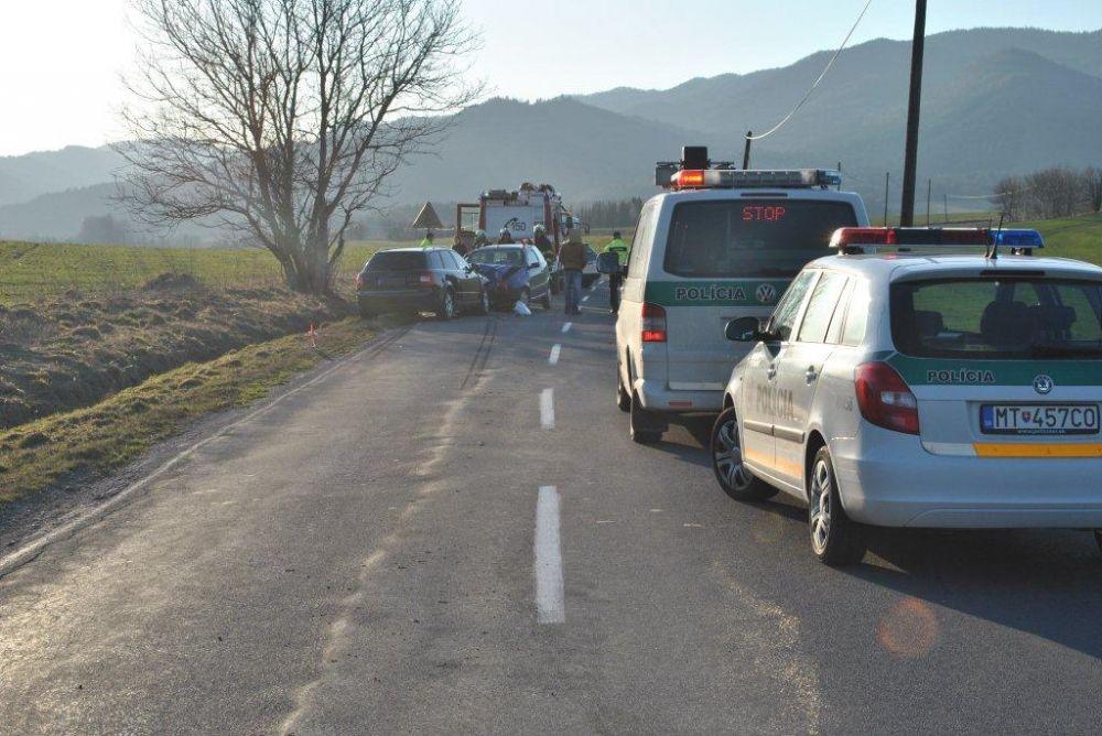 Čelná zrážka v Turčianskych Tepliciach skončila tragicky, foto 2