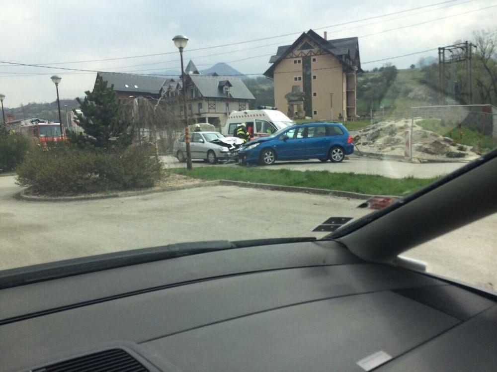 Čelná zrážka vozidiel v Belej pri Žiline, foto 3