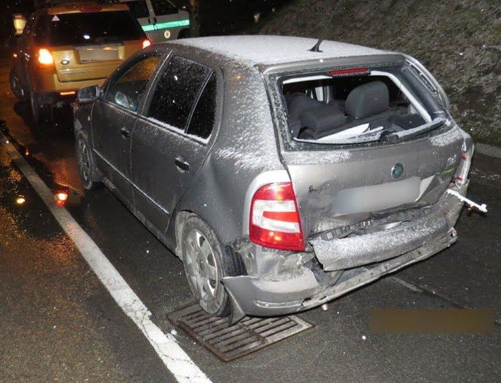 Dopravná nehoda 24.1.2015 - Obchodná Vlčince, foto 3