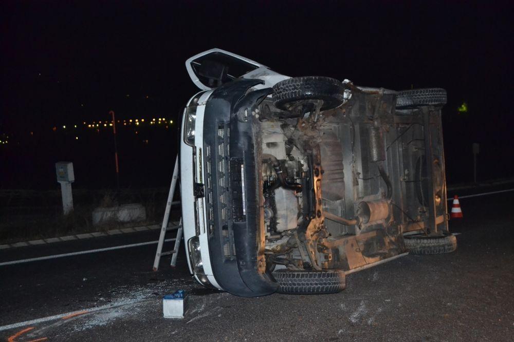 Dopravná nehoda pri Varíne 6.1.2014, foto 1