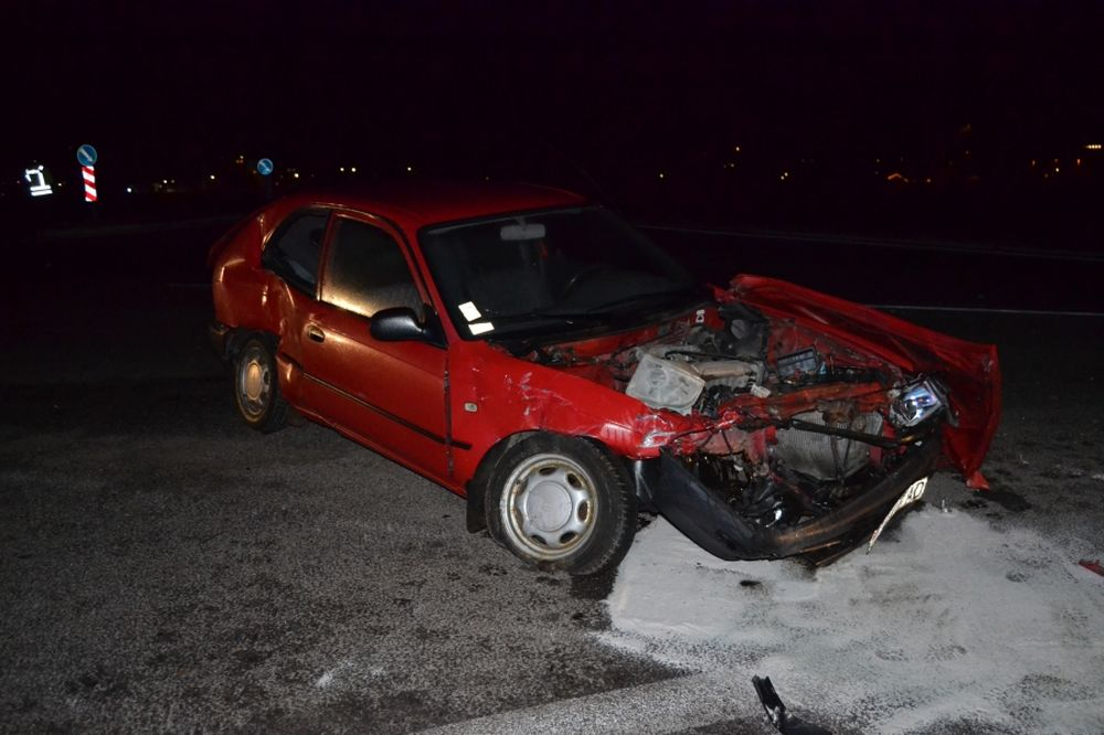 Dopravná nehoda pri Varíne 6.1.2014, foto 3