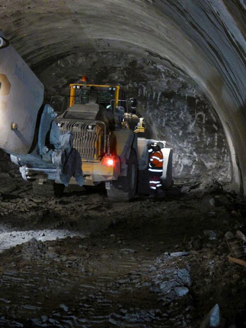 Exkluzívne aktuálne fotografie z Tunela Ovčiarsko , foto 10