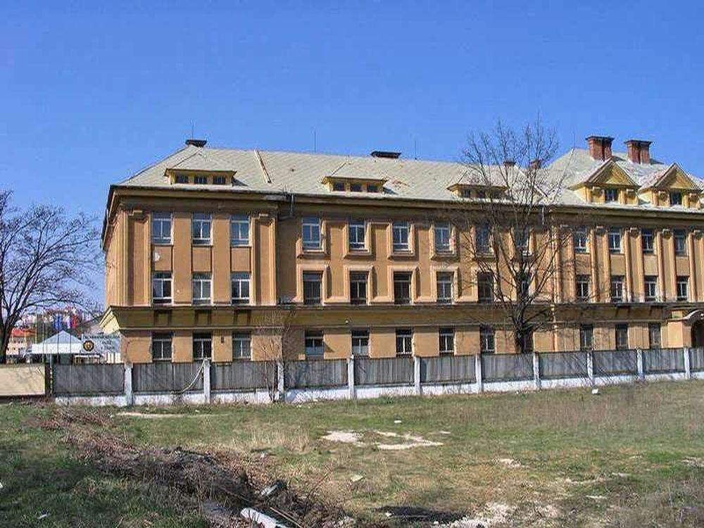 Kasárne v Žiline 5. pluk špeciálneho určenia, foto 1