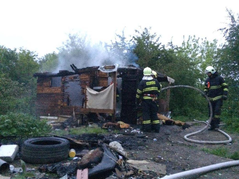 Mužovi bez domova niekto podpálil jeho skromný príbytok, foto 3