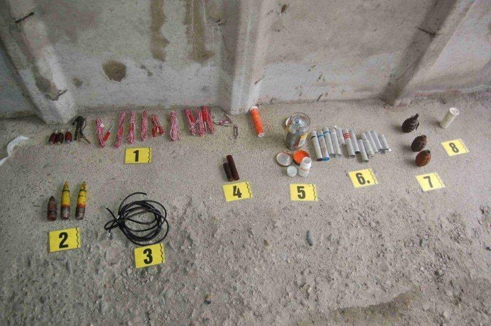 Nález zbraní a munície v Turzovke, foto 1