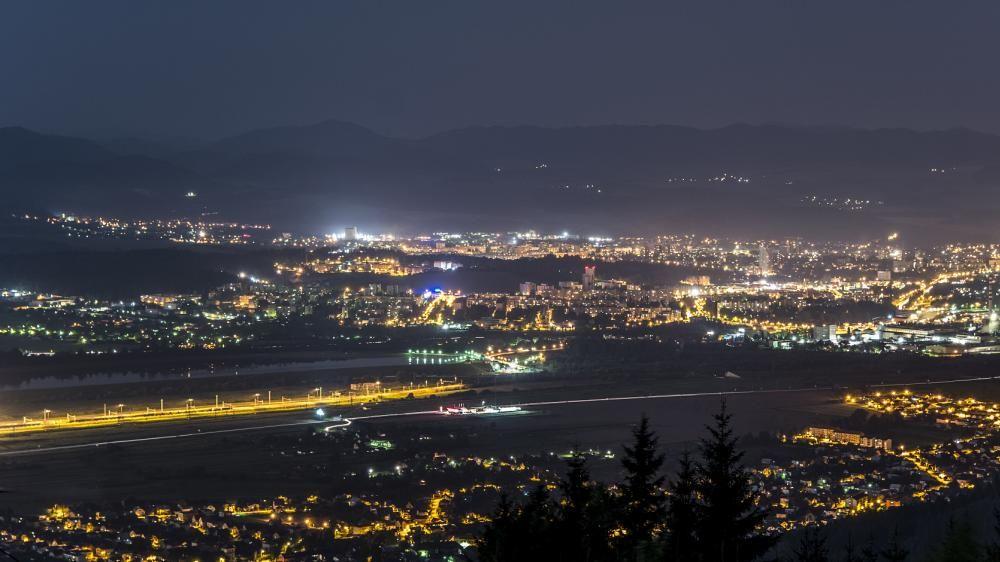 Nočná Žilina pohľad Straník, foto 3