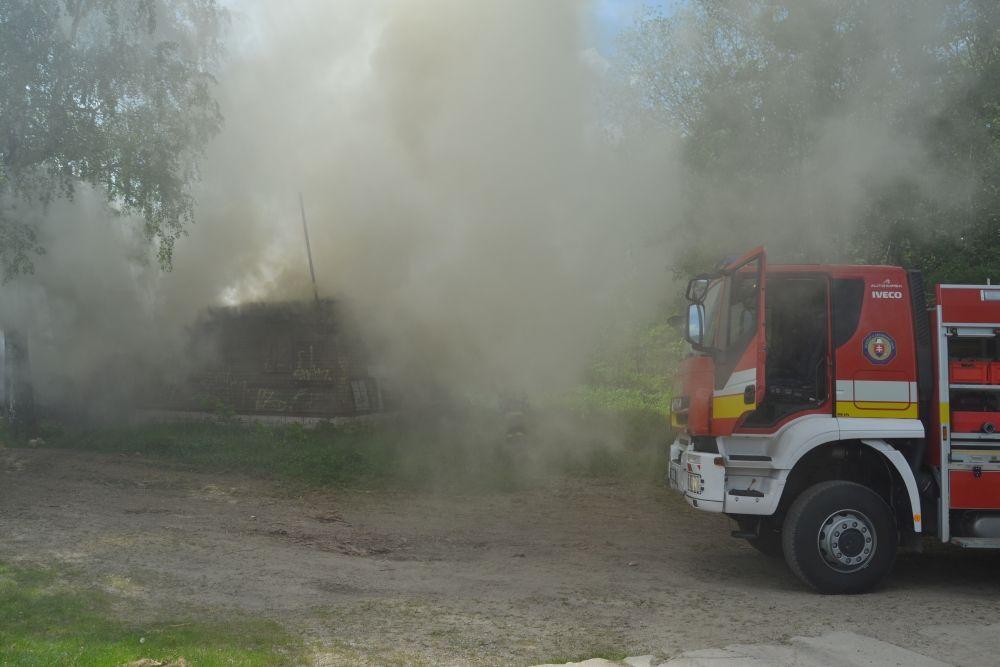 Požiar holubiarskej chaty v Trnovom 24.mája 2014, foto 3