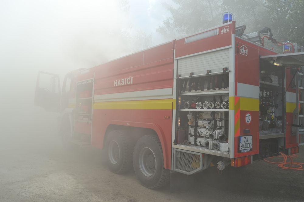 Požiar holubiarskej chaty v Trnovom 24.mája 2014, foto 5
