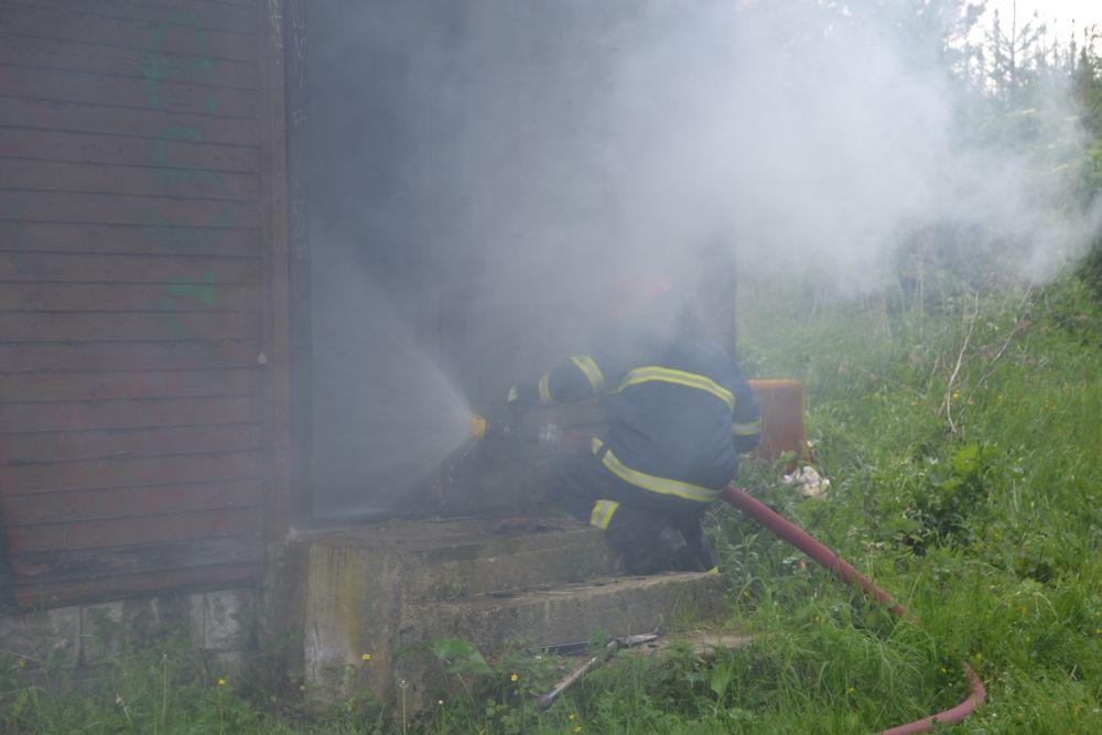 Požiar holubiarskej chaty v Trnovom 24.mája 2014, foto 8