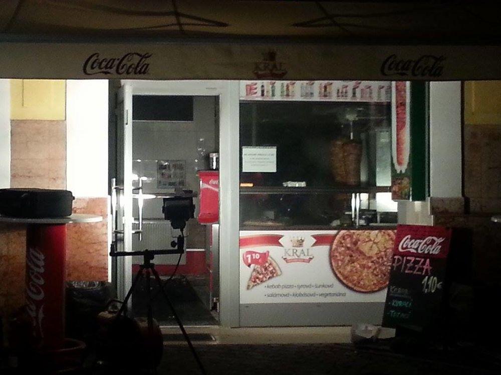 Požiar predajne kebab na Hlinkovom námestí, foto 1