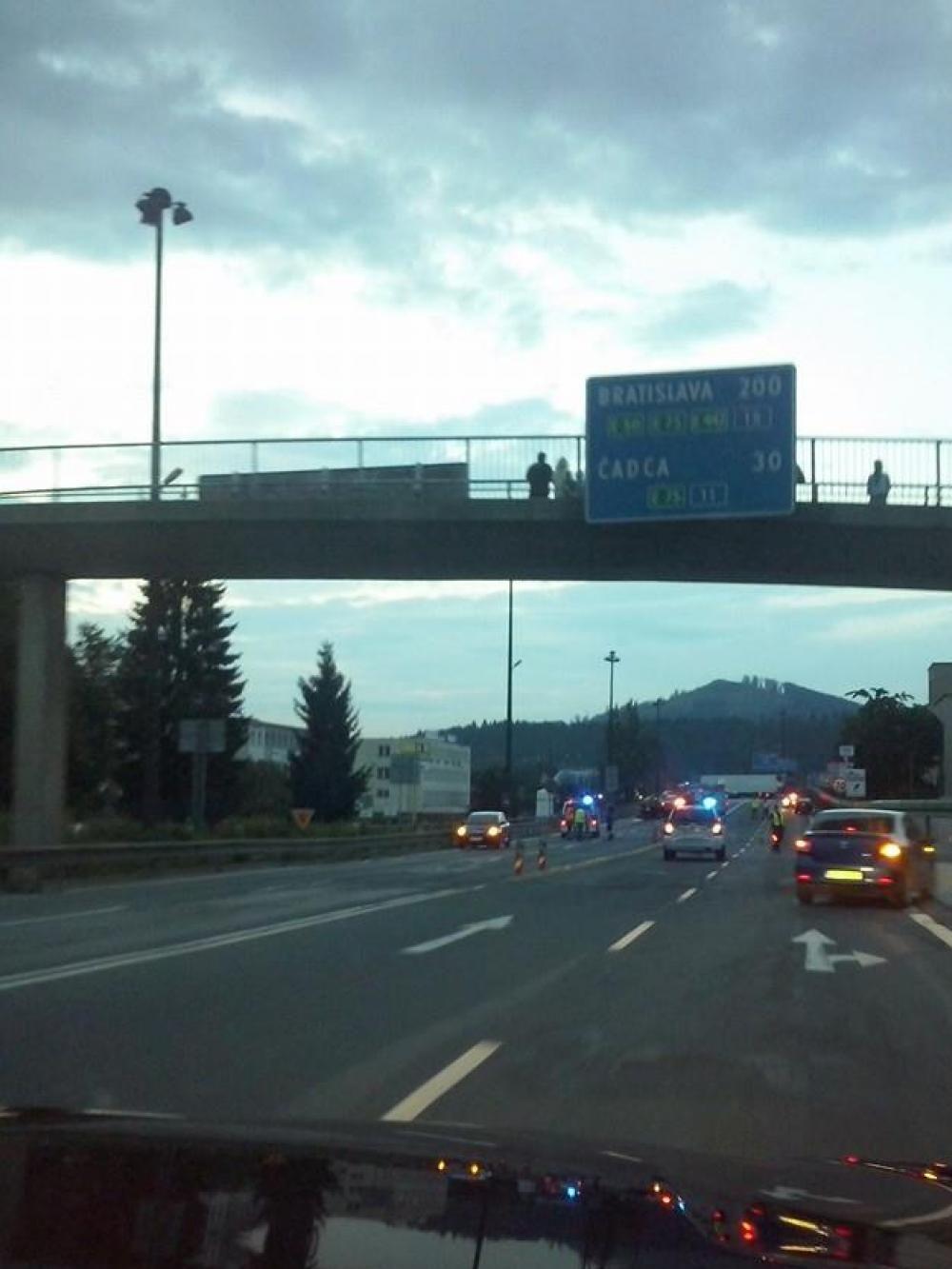 Vážna dopravná nehoda na ulici Mostná - 13.júla 2014, foto 2