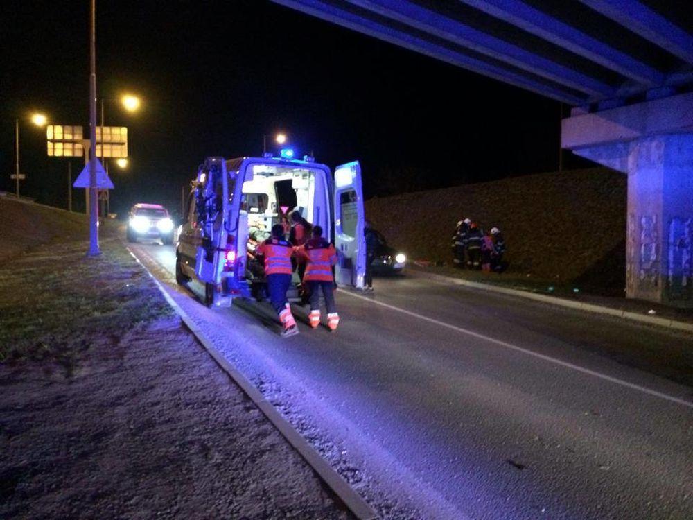 Vážna dopravná nehoda v Považskom Chlmci 9.3.2014, foto 1