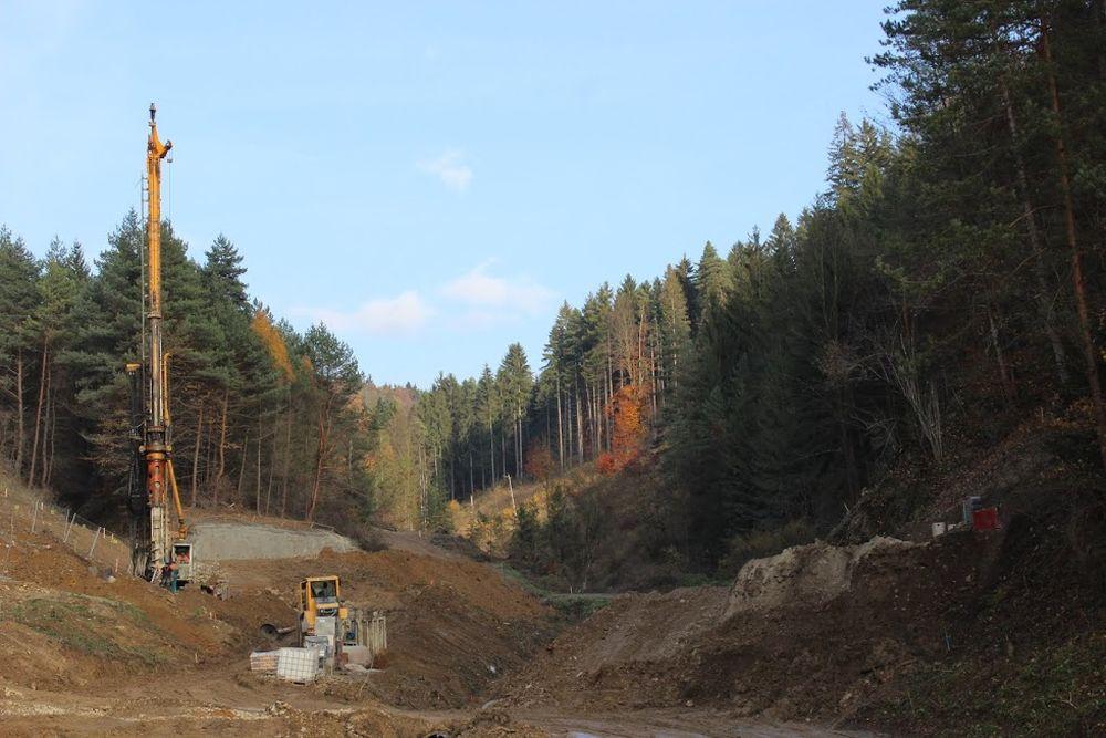 Výstavba diaľnice D3 pri Žiline - Strážov - Brodno, foto 3