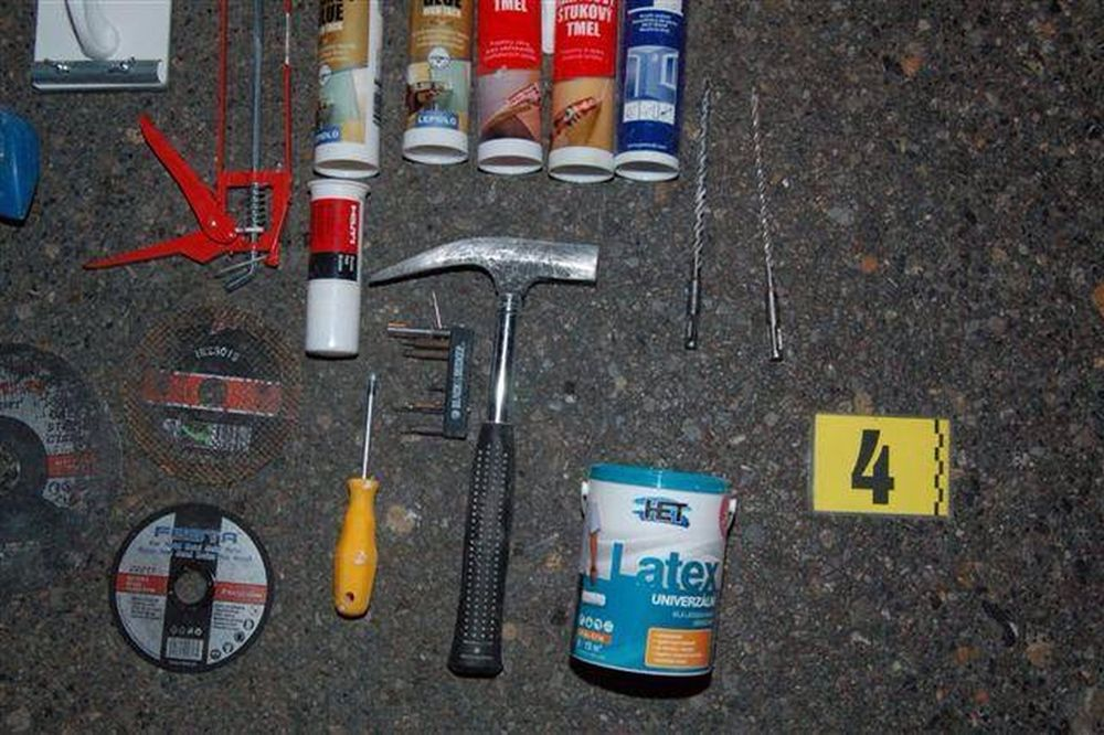 Žilinskí kriminalisti uchránili majetok za 7000 eur, foto 2