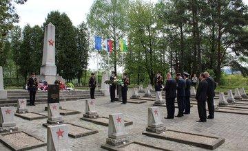 Zapálením Sviečky vďaky si uctili obete druhej svetovej vojny