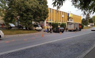 Ďalšia vážna nehoda motorky a osobného automobilu, tentokrát na Hlinskej