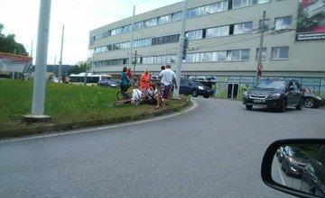Nehoda cyklistu a osobného auta na ulici Vysokoškolákov 28.7.2015