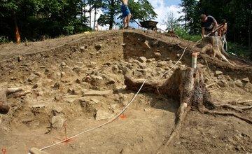 Archeologický výskum na hradisku Veľký vrch