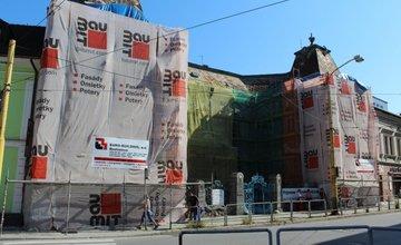 Sledujte priebeh rekonštrukcie Rosenfeldovho paláca cez internet