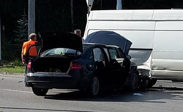Dopravné nehody na sídlisku Vlčince 31.8.2015