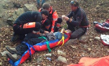 Na starom hrade Strečno spadol 13-ročný chlapec z 8-metrovej výšky