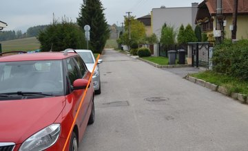 Problém s parkovaním na ulici Hronská v Trnovom