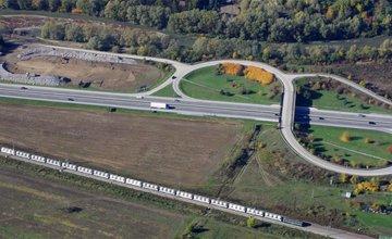 Letecké zábery z výstavby diaľnice D3 Žilina (Strážov) - Žilina (Brodno)