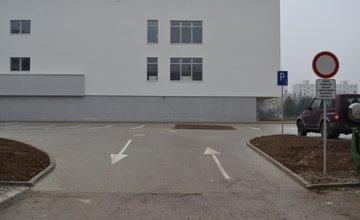 Parkovanie pri novom nákupnom centre na Solinkách centre je zakázané