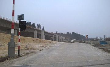Výstavba diaľničných mostov pri Lietavskej Lúčke - 5.1.2015