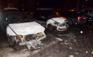 Požiar áut na sídlisku Hájik - 12.1.2016