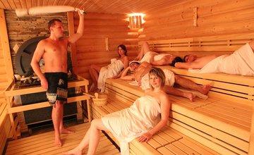 Užite si lyže, kúpanie aj saunovanie hodinku od Žiliny