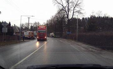 Nehoda Kysuce Podzávoz kamión 25.02.2016