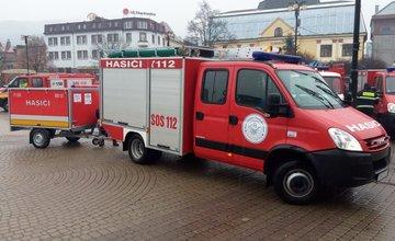 Odovzdávanie protipovodňového vozíka pre DHZ Trnové