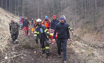 Záchranná akcia horských a leteckých záchranárov v obci Belá
