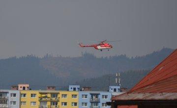 Červená helikoptéra nad Žilinou - 6.4.2016