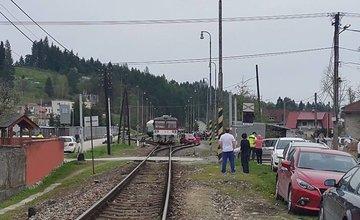 Zrážka vlaku s osobným automobilom Lietavská Lúčka 15.4.2016