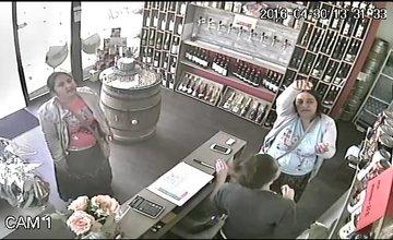 Dvojica žien, ktoré kradnú v prevádzkach po Slovensku