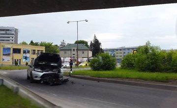 Dopravná nehoda na ulici Kysucká - 19.5.2016