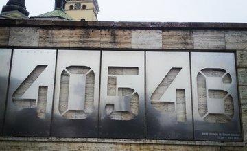 Číselník na balustráde pod Farskými schodmi - doterajšie inštalácie