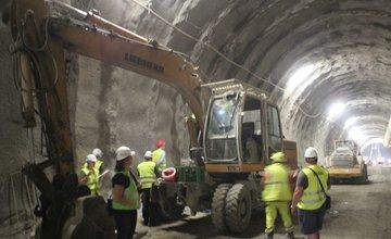 Zásah colníkov na stavbe tunela Ovčiarsko a Višňové