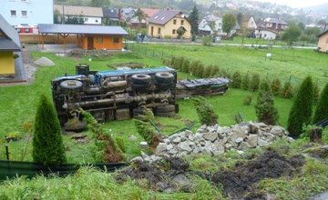 Dopravná nehoda Tatry v obci Čierne - 5.10.2016